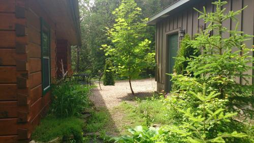 Cottage by garage